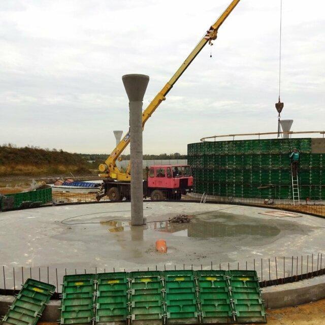 Płyta dolna zbiornika na gnojowicę min 640x640 - Installation of concrete tanks